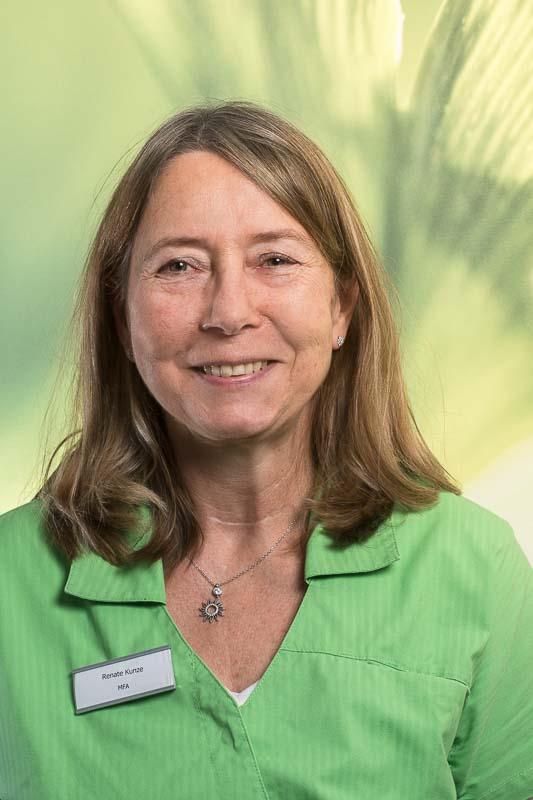 Frau Renate Kunze